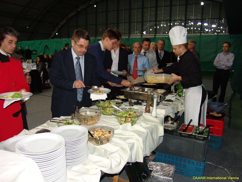 daaam_2008_trnava_dinner_recognitions_207