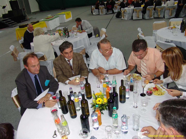 daaam_2008_trnava_dinner_recognitions_219