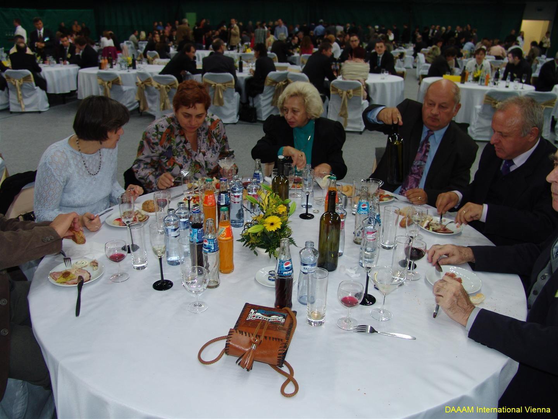 daaam_2008_trnava_dinner_recognitions_225