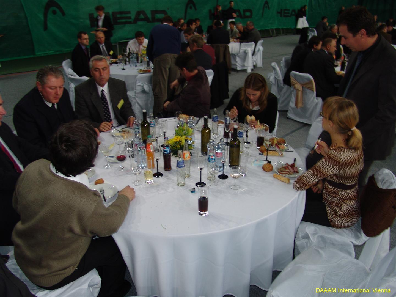 daaam_2008_trnava_dinner_recognitions_233