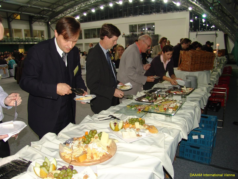 daaam_2008_trnava_dinner_recognitions_234