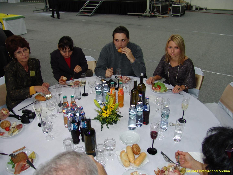 daaam_2008_trnava_dinner_recognitions_244