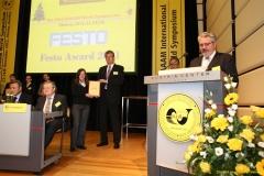 daaam_2011_vienna_11_closing_ceremony_festo_prize_059