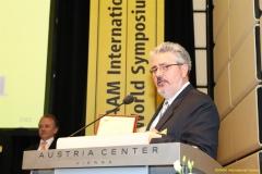 daaam_2011_vienna_11_closing_ceremony_festo_prize_109