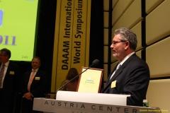 daaam_2011_vienna_11_closing_ceremony_festo_prize_112