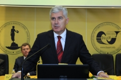 DAAAM_2016_Mostar_05_Opening_Ceremony_&_Plenary_Lectures_Eliseev_Katalinic_212_Dragan_Covic