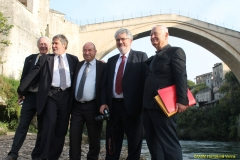 daaam_2016_mostar_18_5th_ds_group_photo_under_old_bridge_city_and_vip_dinner_031
