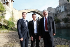 DAAAM_2016_Mostar_18_5th_DS_Group_Photo_under_Old_Bridge,_City_and_VIP_Dinner_165