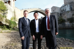 DAAAM_2016_Mostar_18_5th_DS_Group_Photo_under_Old_Bridge,_City_and_VIP_Dinner_166
