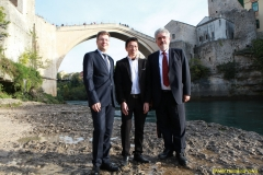 DAAAM_2016_Mostar_18_5th_DS_Group_Photo_under_Old_Bridge,_City_and_VIP_Dinner_168